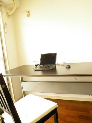 カウンセリングルームのパソコン